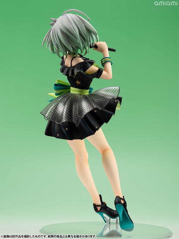 YuNi -Black Dress ver- virtual singer